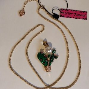 🌵Cactus Necklace by, Betsey Johnson
